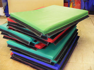 6 x  Quality Soft Play Mats 3 ft x 4ft x 2 inApprox velcro together.